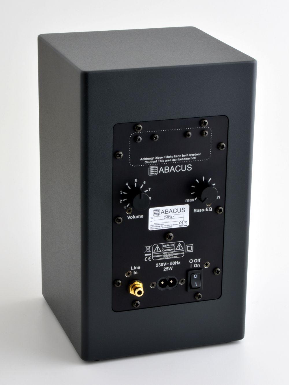 C-Box 4 - Rückseite - Anschlüsse und Einsteller