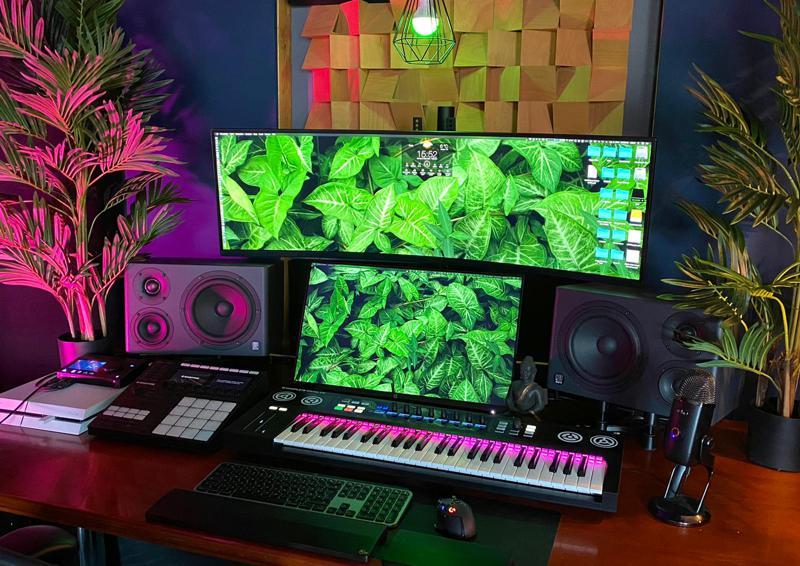 Mirra im Studio von Ziggy Brown