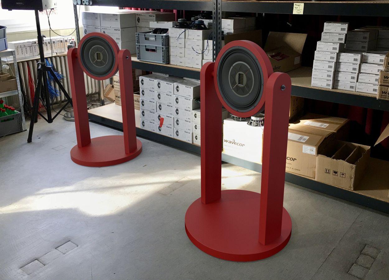 ABACUS Tripoint Schallwerfer Boxen in Montagehalle